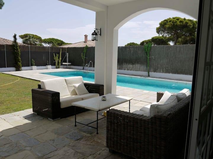 Chalet para 10 c/ piscina privada