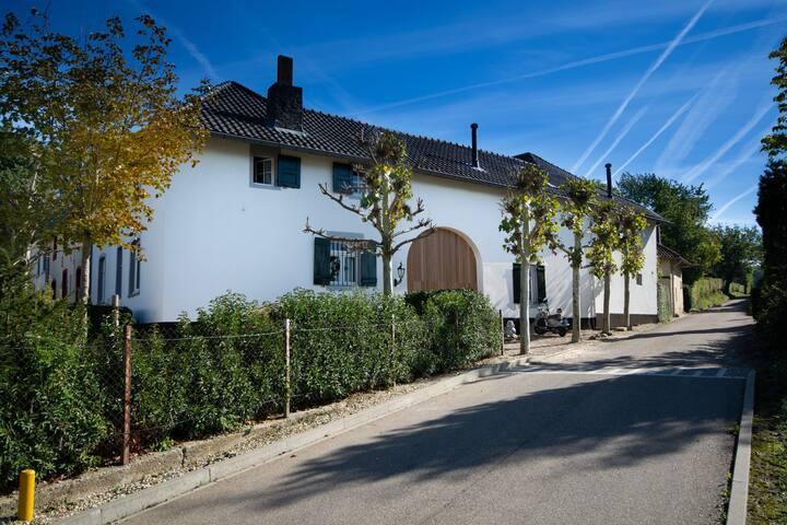 De Vakwerkloft, landelijk logeren in Valkenburg!
