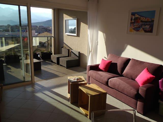 T2  centre CALVI mer à 200m,pk,clim - Calvi - Apartamento