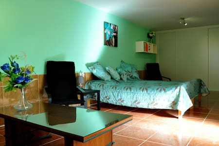 Room 5 - Adeje - Bed & Breakfast