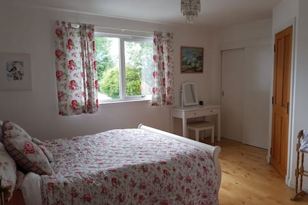 Ensuite with lounge and fireplace, Royal Deeside