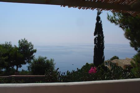 Stupenda Vista Mare Casa Francesca2 - Ustica