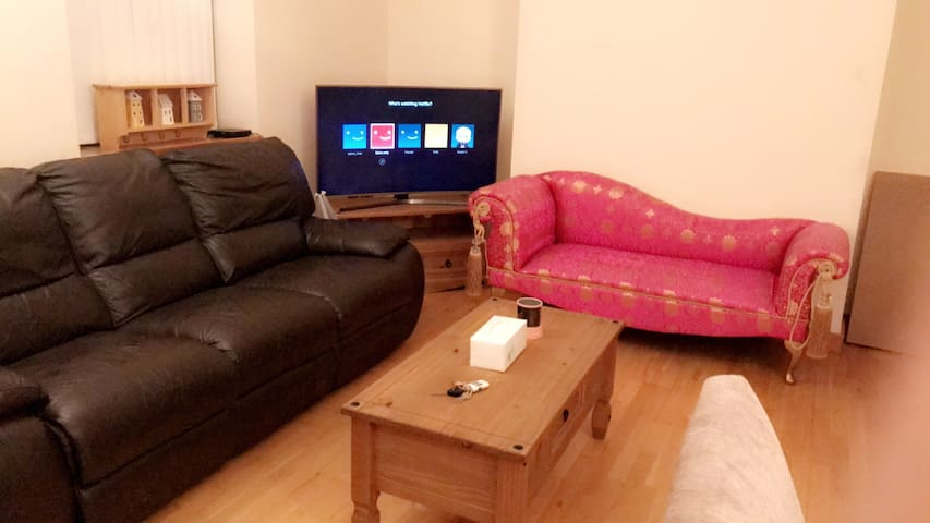 Clean and Tidy place for a good experience