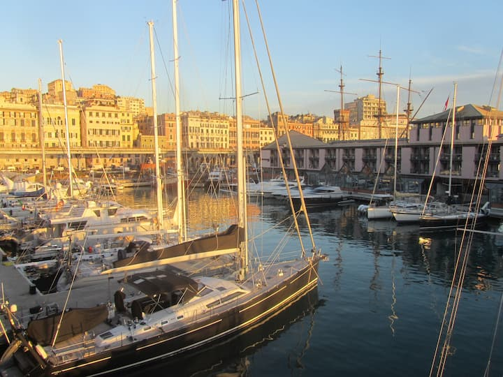 Flat in the Ancient Port, with car parking