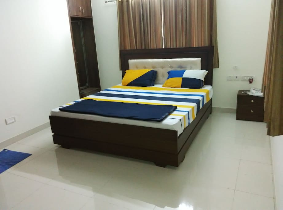 Service apartment t nagar 3 bhk apartments for rent in chennai tamil nadu india for 3 bedroom apartments in chennai