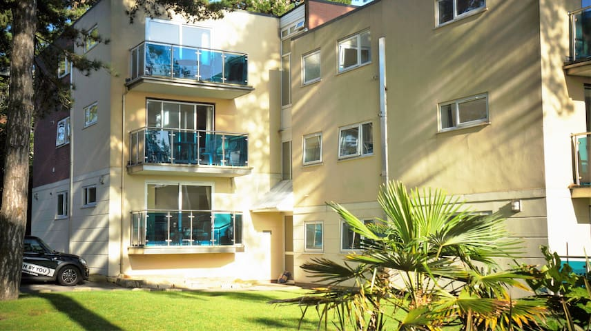 Sandbanks Peninsula,100m from beach - Poole - Apartment