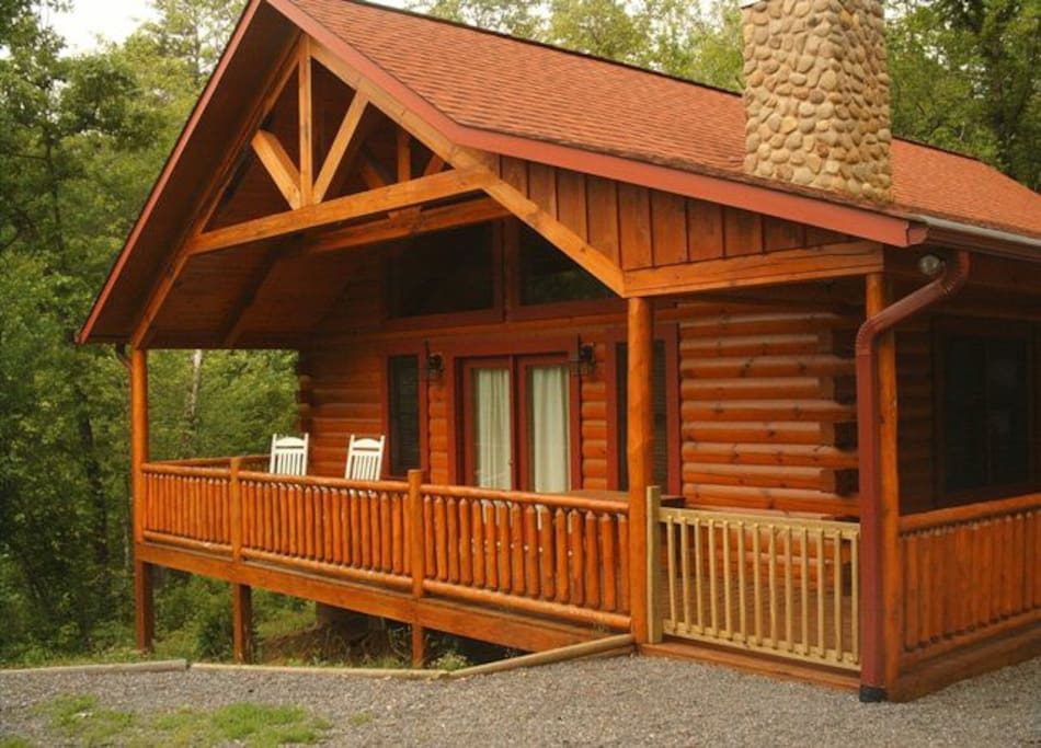 Running Bear Real Log Cabin Smokys Houses For Rent In