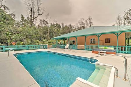 2BR Pahoa House w/ Private Pool & Hot Tub! - Pāhoa