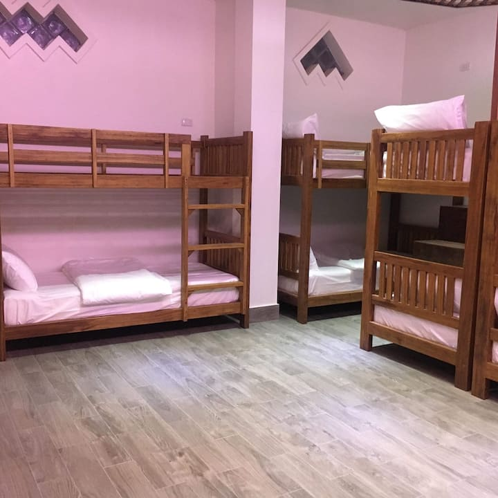 FARAWAY SUITES - BED IN DORM ROOM
