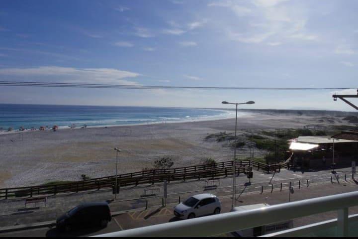 Apartamento frente mar, Praia grande, Arraial