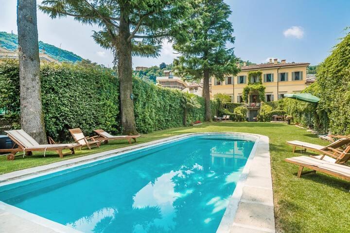 Villa Oleandra - 115172 - Via Milano - Villa
