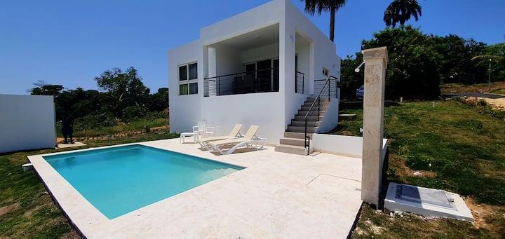 2 bedroom villa with pool, close to Cabarete