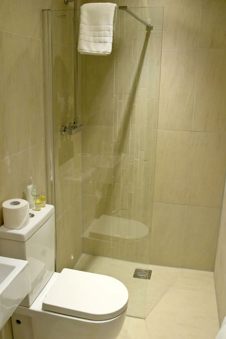 All Ensuite Bathrooms
