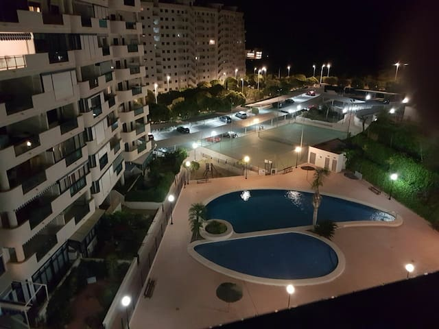 400m playa, vistas mar, parking, terraza, Wifi 4hu