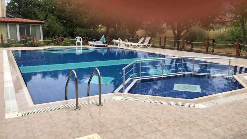 Detached Villa 3+1 in complex with swiming pool