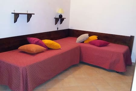 Camera doppia con letti singoli - Sonnino - Bed & Breakfast
