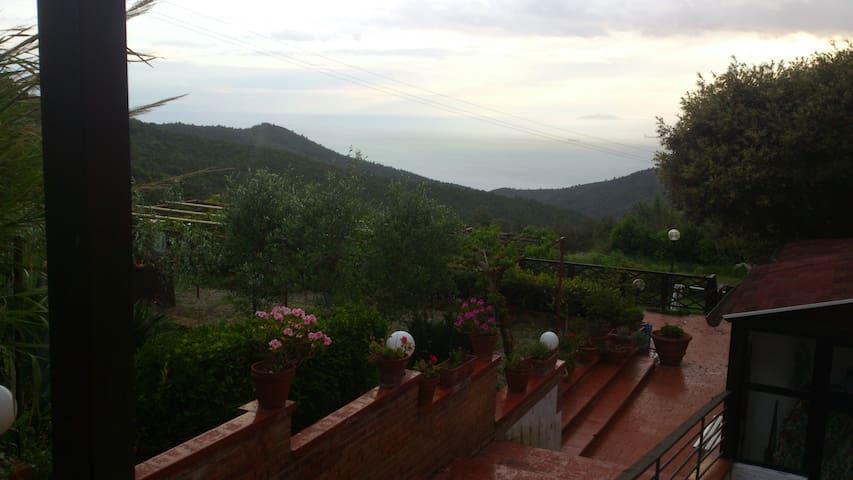 appartamento castellaccio-montenero - Castellaccio - Lägenhet