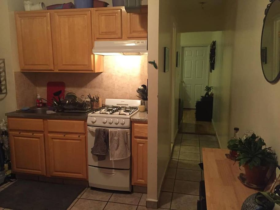 Kitchen with most appliances, sans dishwasher.