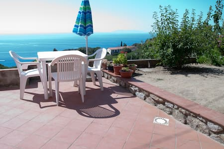 Stay on the beautiful isle of Elba! - Marciana - Appartement