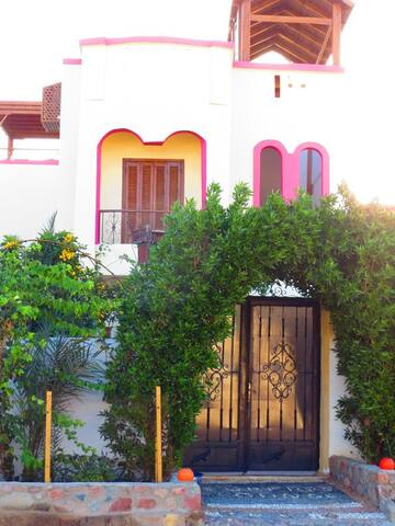 Villa mit Meerblick - Dahab