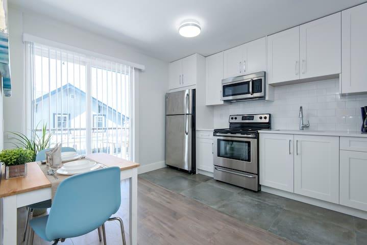 1BDR Bright Clean Cozy Suite - Vancouver - Daire