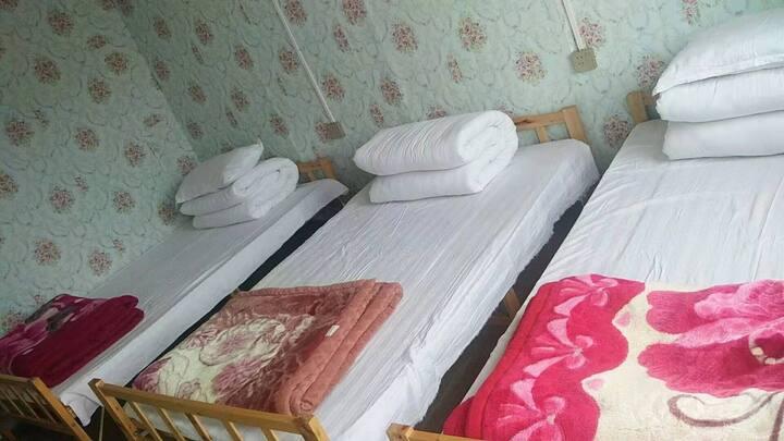 青海湖黑马河九妹家庭宾馆