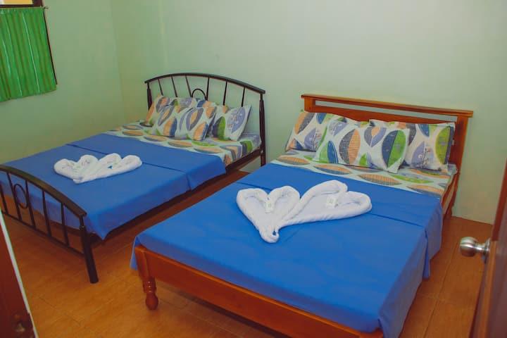 Kak N Tot Family Room 1  Vigan City