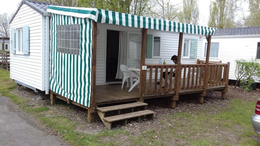 Mobil-Home pour 6 personnes dans un cadre calme - Angles - Wohnwagen/Wohnmobil