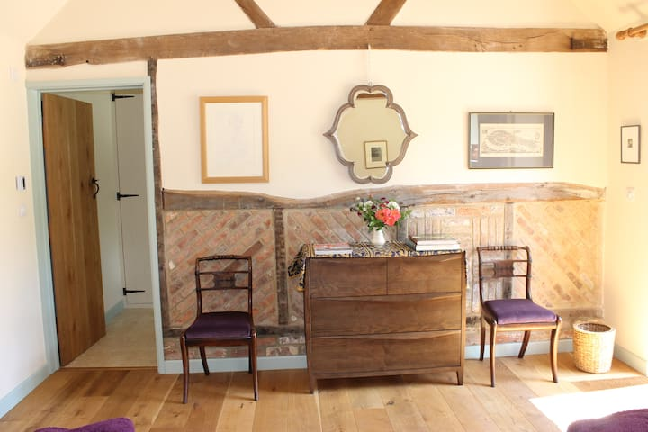 Converted rustic stable at The Barn - Gore End - Chalé