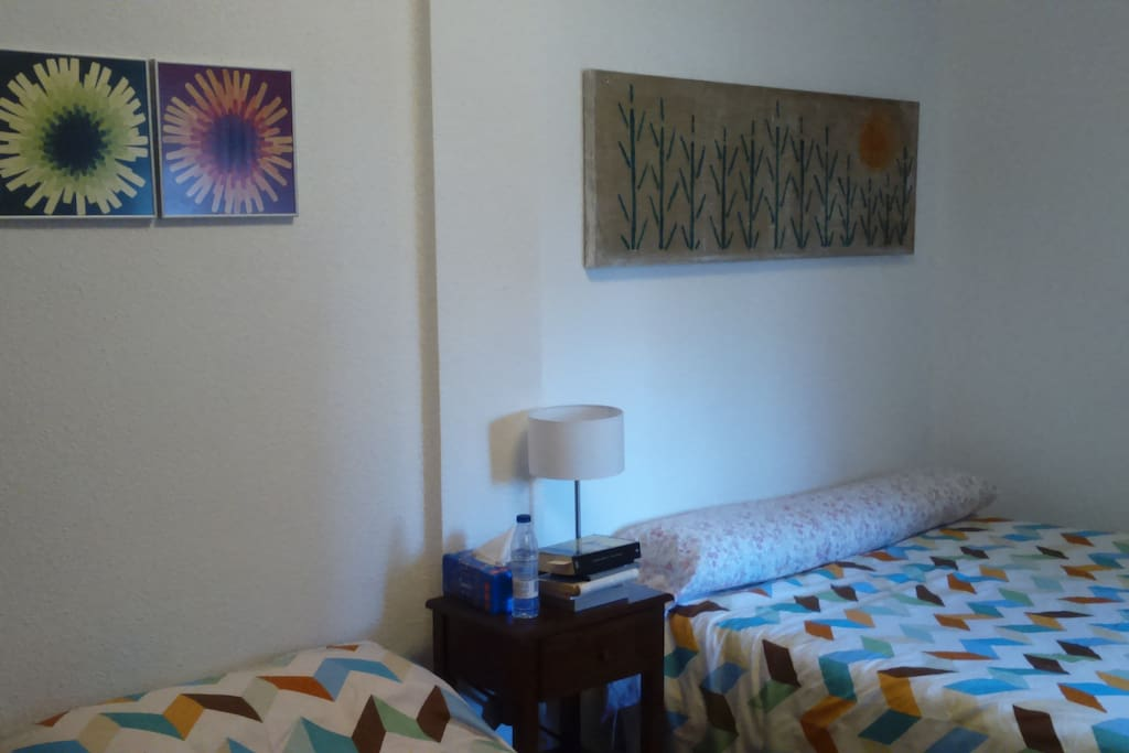 Dormitorio principal, agradable y fresco con capacidad para tres personas