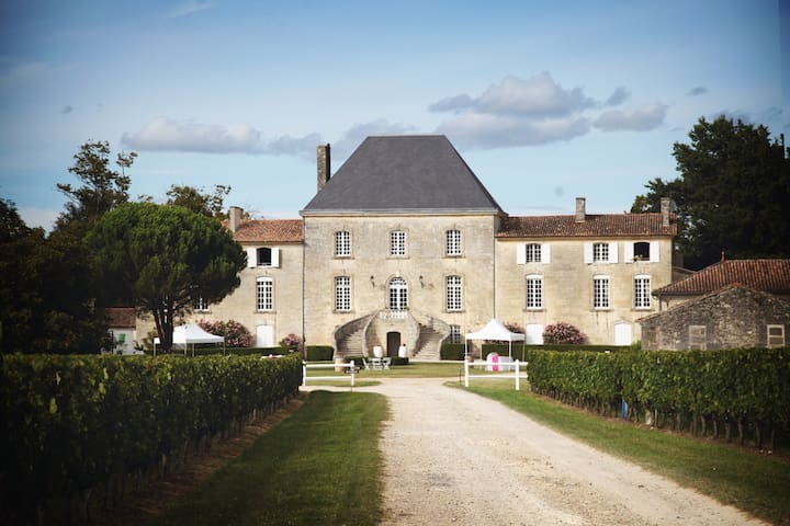 Chateau life in Bordeaux region