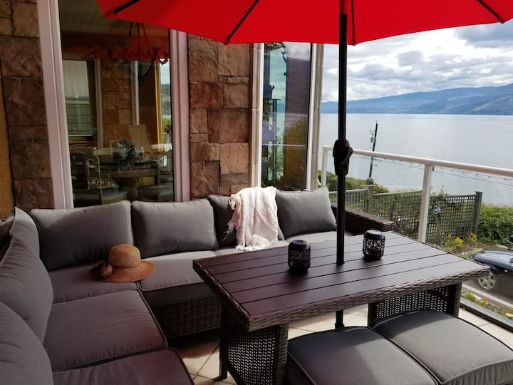 Beach Ave Castle Lake Front Luxury Vacation Rental