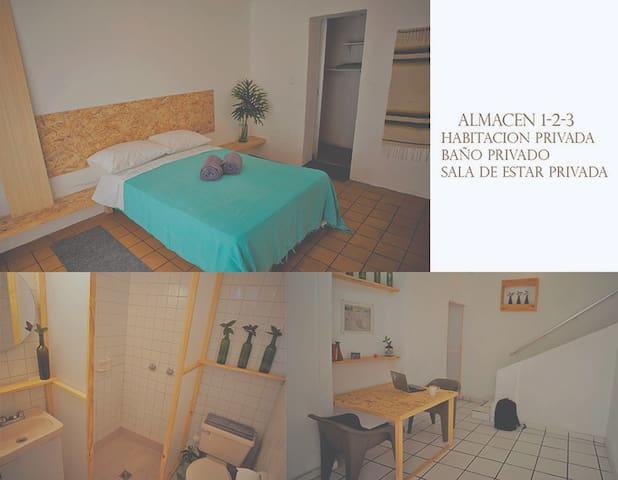 Estudio Mastretta (Hab,sala de estar, baño priv )