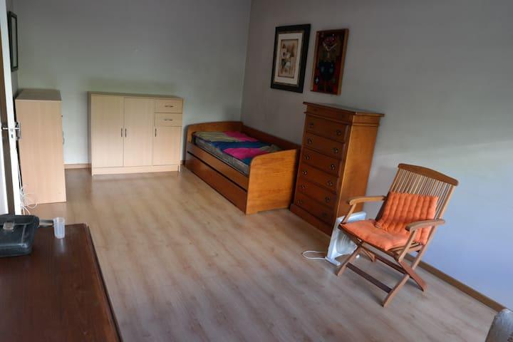 Quarto com Sala - Lisboa - Apartment