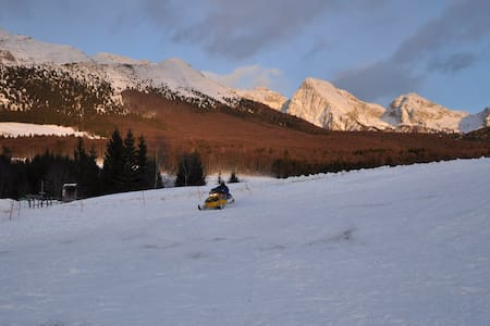 Relaxing mountain getaway, Dolomiti - Tambre - Apartmen
