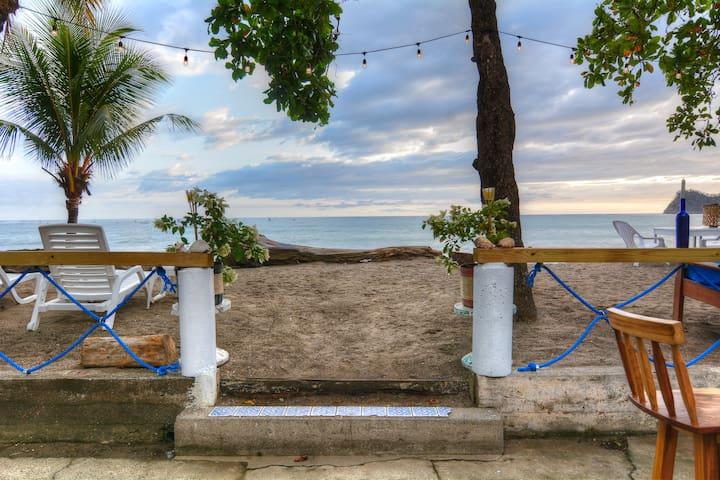 Beach House Casa Pacifica