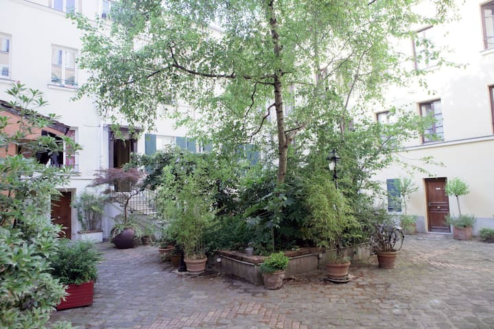 Charming studio to rent next to the Rue Mouffetard