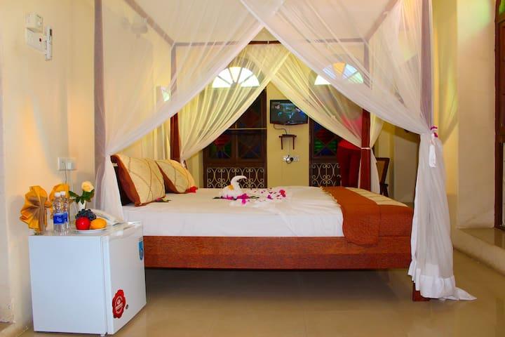Double Room For Couple in Stone Town - Zanzibar - Bed & Breakfast