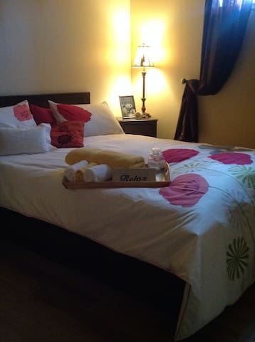 BedBathBreakfast ,cozy+private... - Winnipeg - Huis