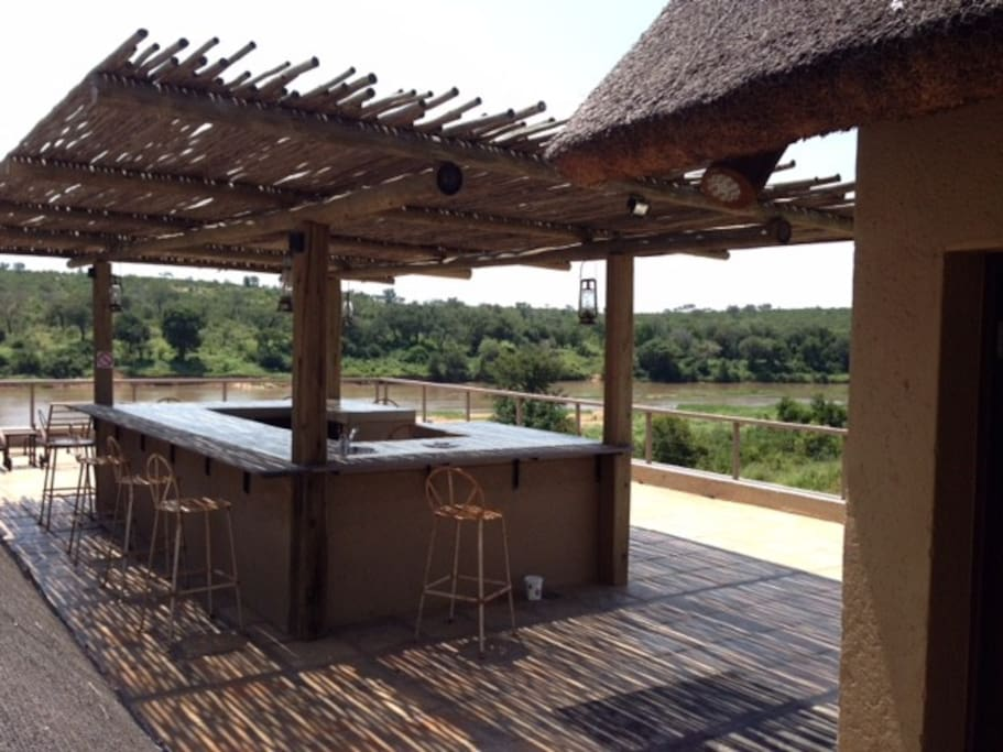 Upstairs Bar with magnificent Views onto Kruger