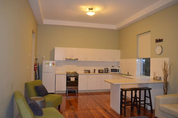 Revive Central Apartments - Temora
