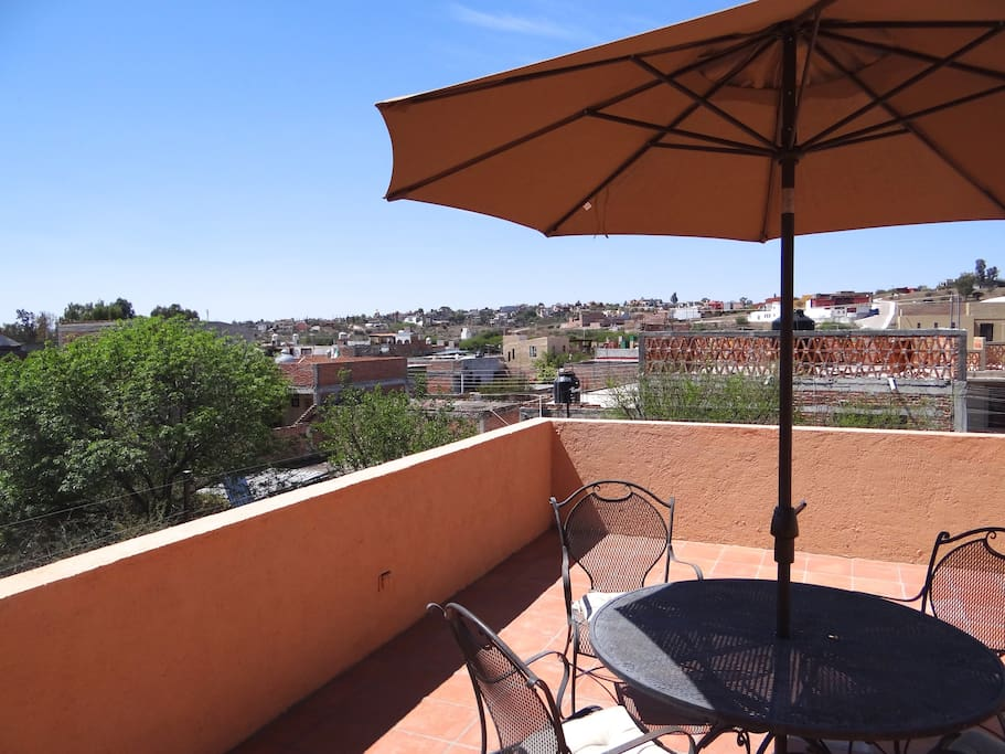 Looking southwest toward the neighborhoods of  Independencia  and San Raphael    from the terrazza.