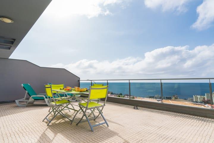 Casa Bianka , A view to Funchal Bay