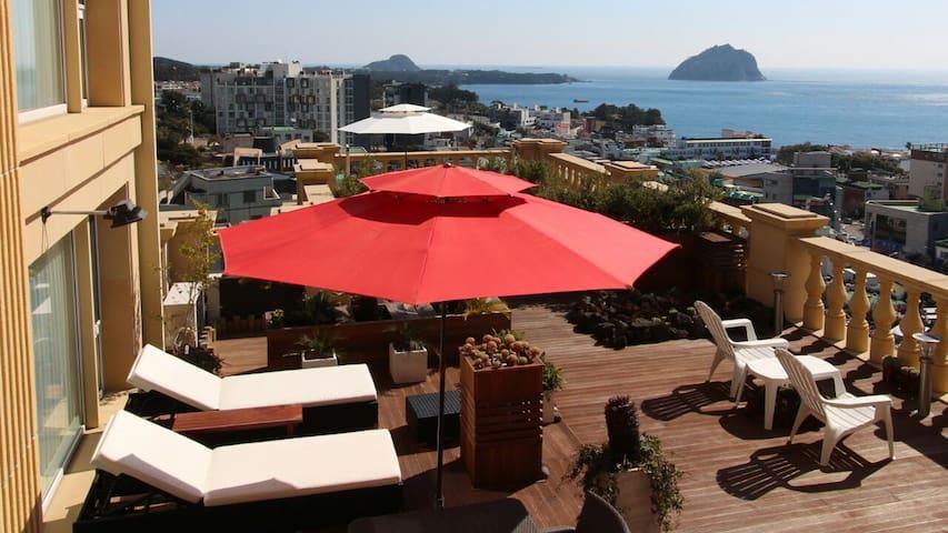 Memory at terrace with ocean view - 서귀포시