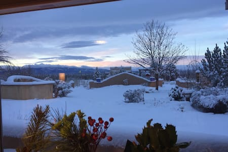 Beautiful Taos gem, 360 views! - Taos - Huis