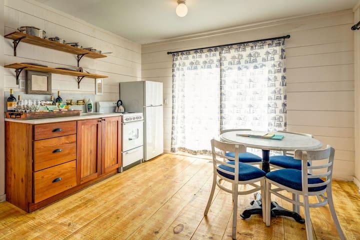 Montauk Crow's Nest Three Bedroom Cottage -Nightly