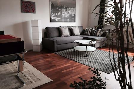 Air conditioning 2-bedroom flat - Berlin - Apartment