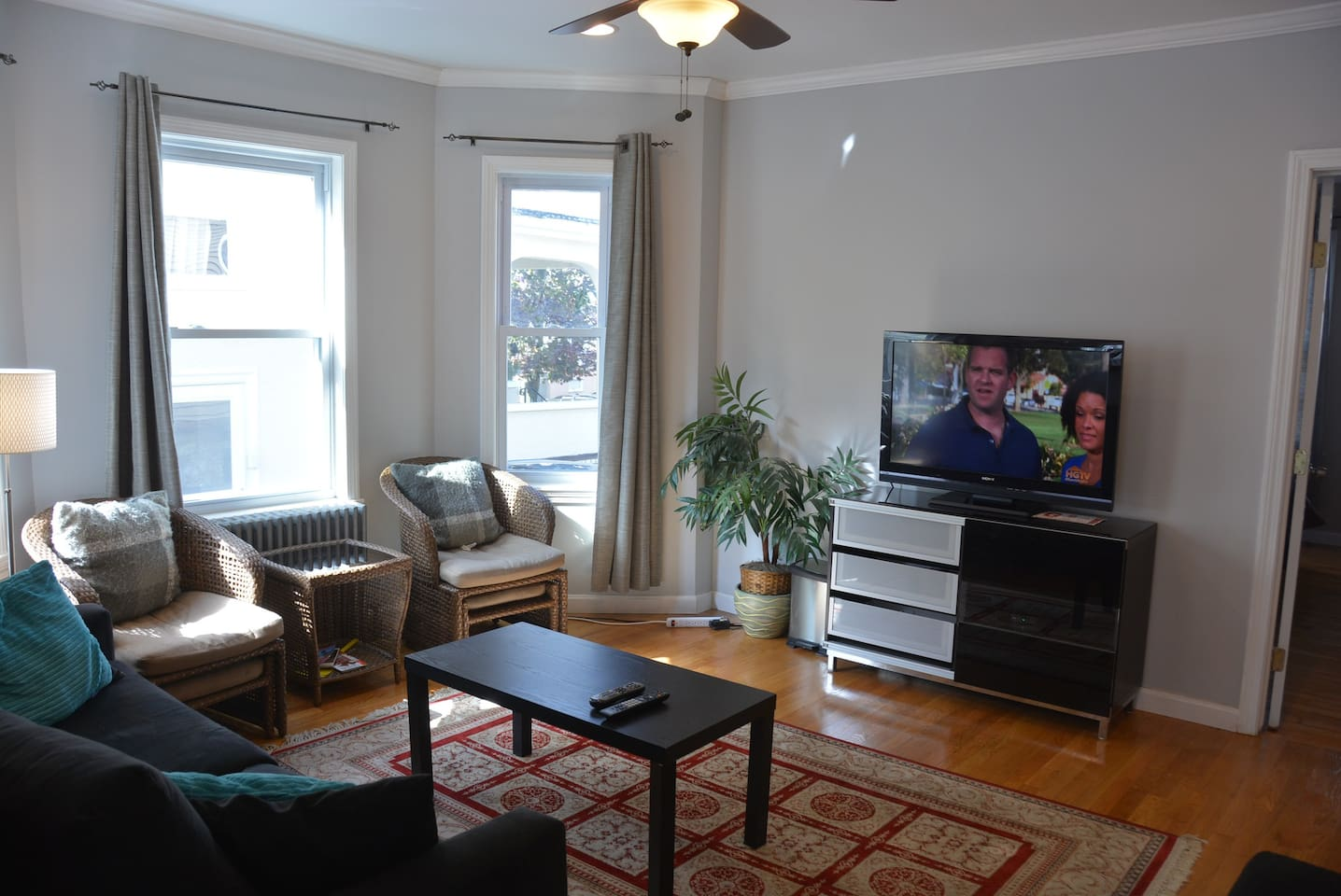 Luxurious Home Close T and Boston