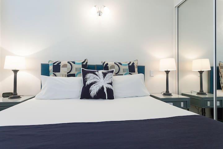 Palm Cove Luxury