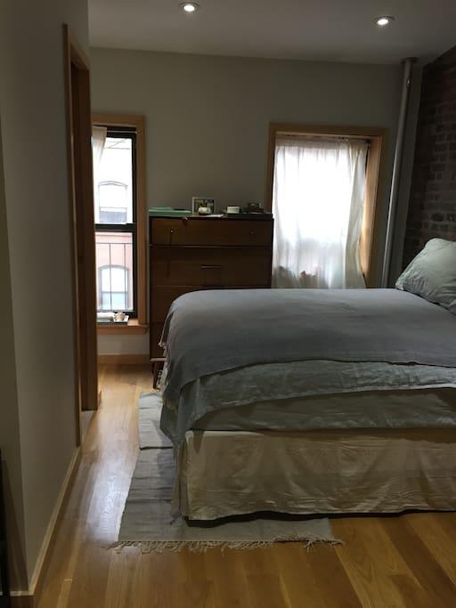 bedroom, windows